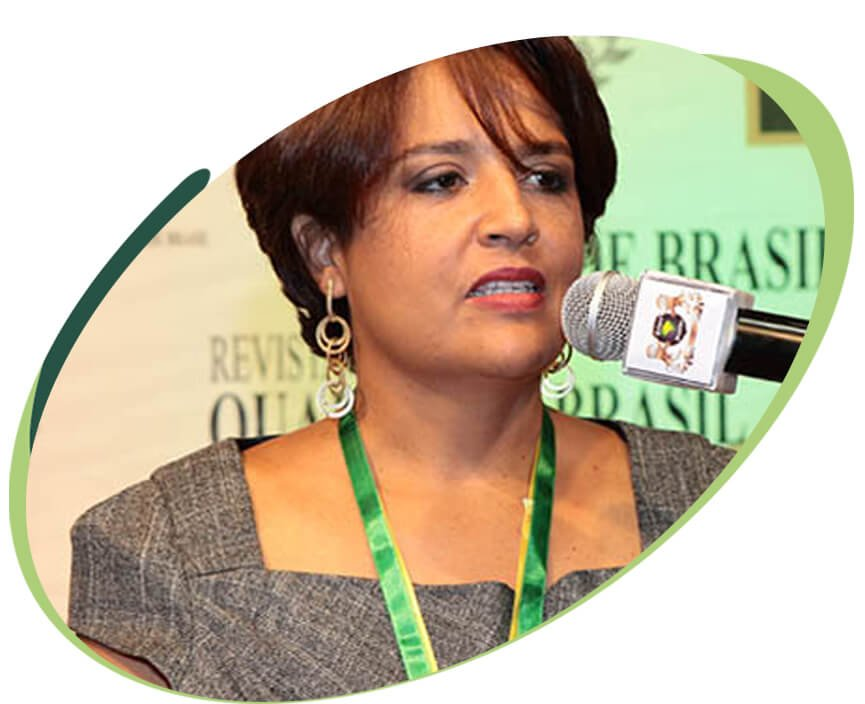 Dra. Sheila Mendes Batista Dentista da Implantomed no DF
